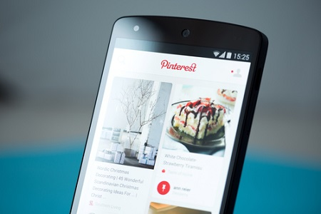 Pinterest auf einem Smartphone