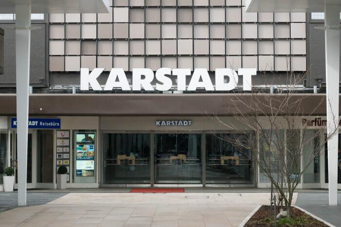 39597ccfa46d6 Finanzspritze: Neues Kaufhof-Karstadt-Unternehmen bekommt 400 Millionen  Euro. Galeria Kaufhof: Fusion ...