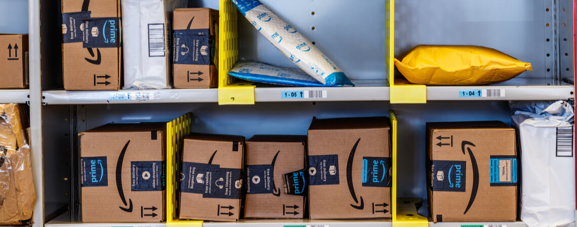 Amazon-Pakete im Lager