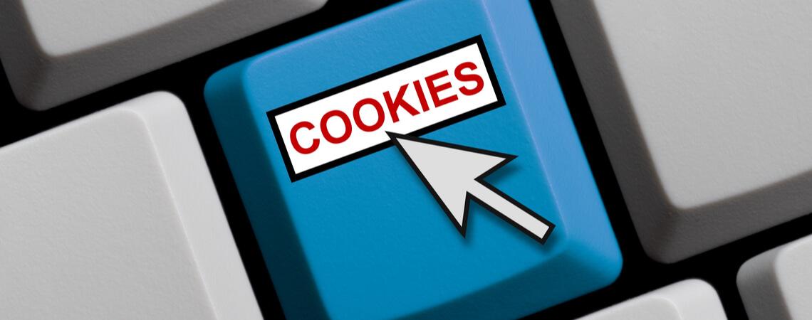 Cookies mit Mauszeiger auf Tastatur