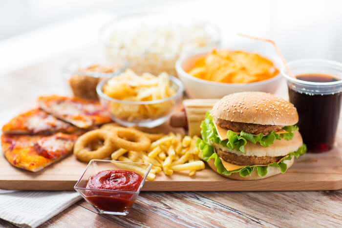 Burger, Pommes und anderes Fast Food